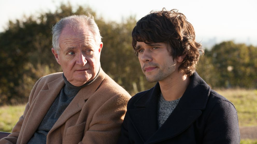 Jim Broadbent och Ben Whishaw i London Spy.