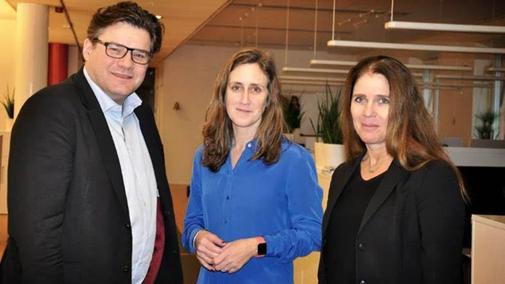 Aftonbladets Jan Helin med Hanna Stjärne och Lena Glaser.