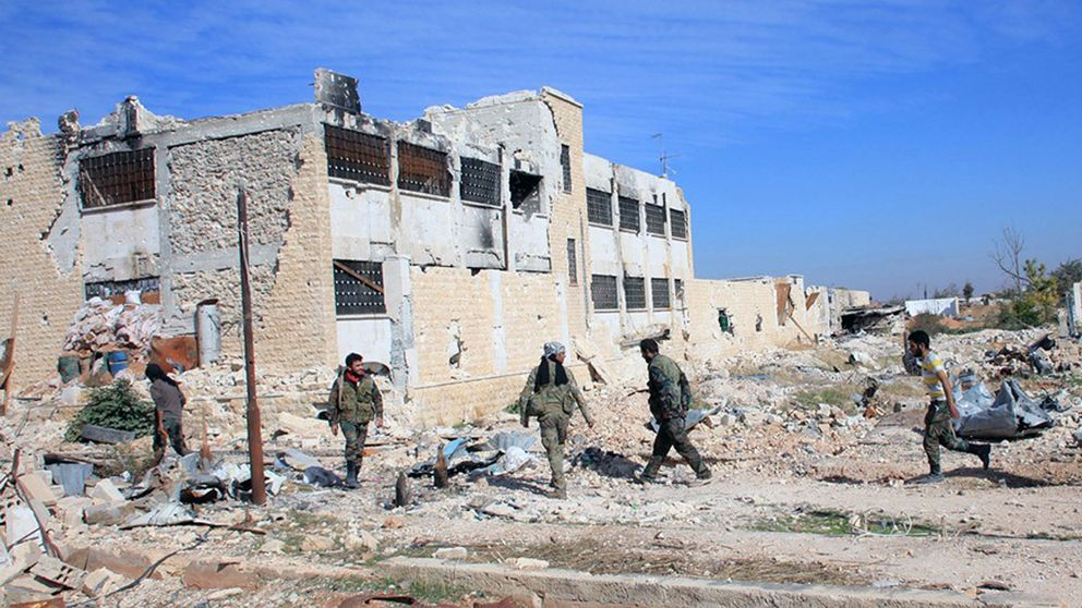 Bombad flygbas i Aleppo.