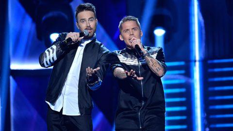 Albin & Mattias framför Rik i Melodifestivalen 2016.