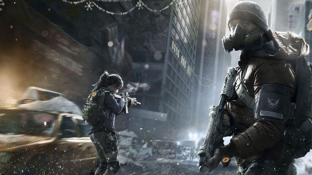 Två soldater i The Division på en aveny i Manhattan.