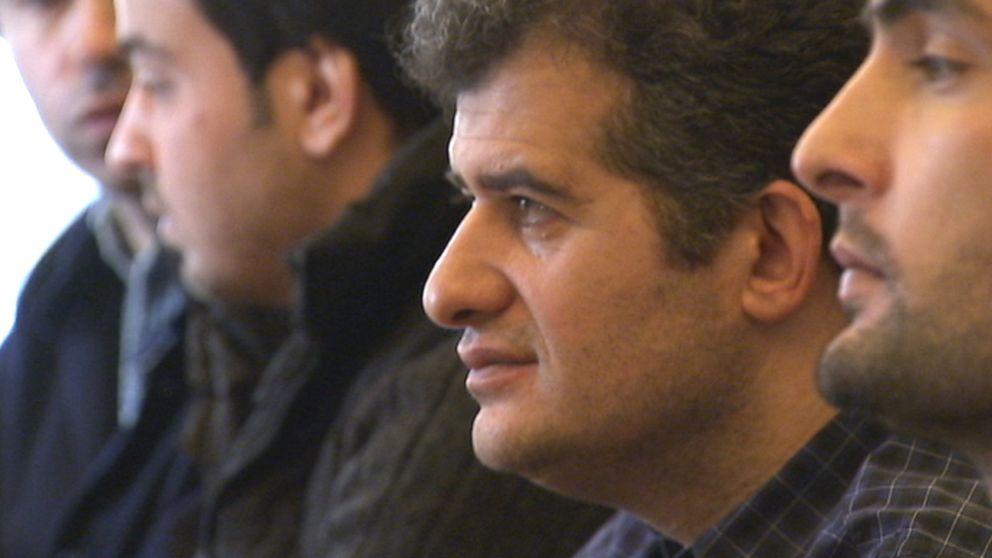 Farshad Shabani  är en av de 600 asylsökande som bor på Signalisten.