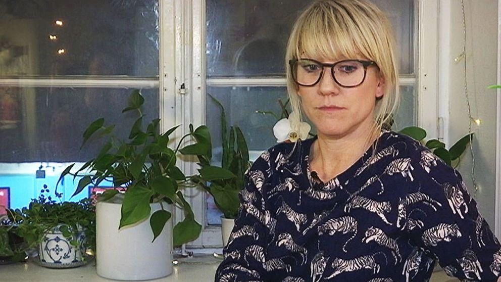 """""""Varje år, redan ett halvår innan kontraktet går ut, börjar man oroa sig för om man eventuellt måste flytta igen."""", säger Josefin Skogetun."""