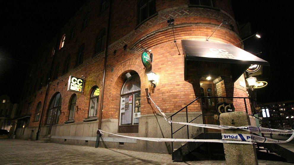CC-puben vid Gävle central har spärrats av.