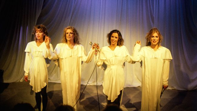 Ainbusk Singers.