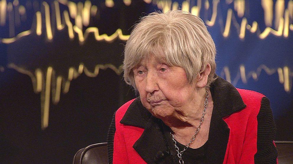 Dagny Carlsson, 103 år, berättade om sitt liv i SVT:s Skavlan i fredags.