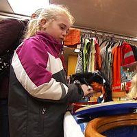 Loppisen i Karlstad lockar folk i alla åldrar