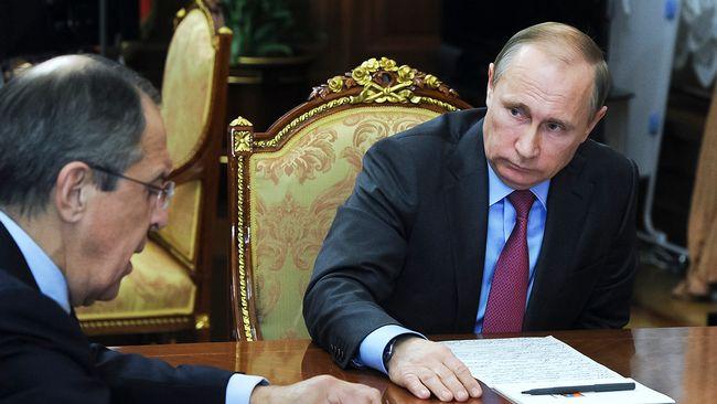 Bildt i samtal om rysk retratt