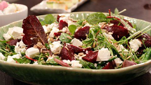 rödbetor fetaost sallad