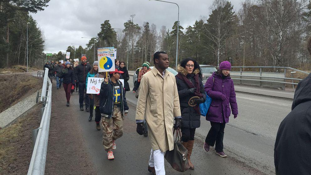 Nyheten om att polisen befarar att Uppsalapolitikern Alexander Bengtsson (M) är död har rört upp starka känslor. Många uttrycker sorg och vördnad.