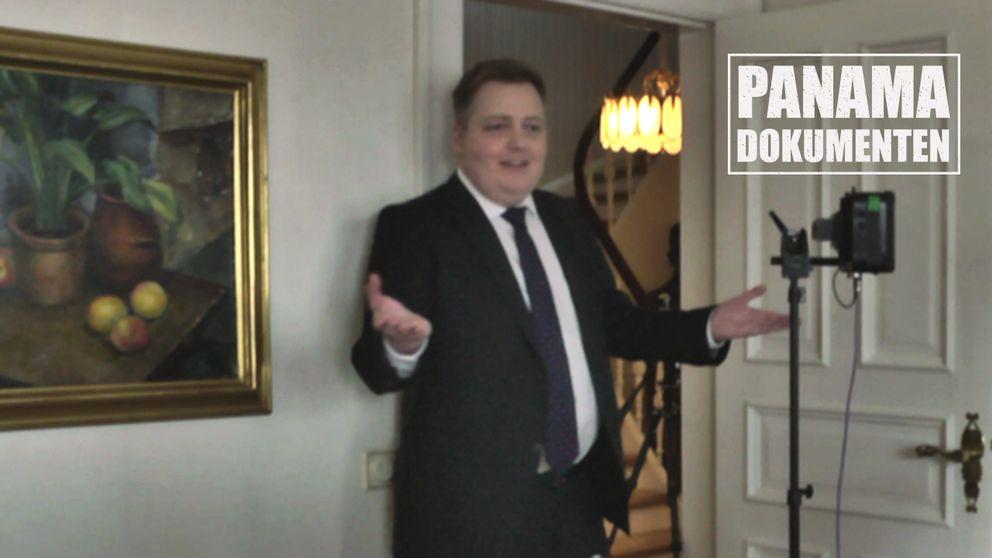 Islands statsminister Sigmundur David Gunnlaugsson lämnar en intervju med Uppdrag granskning och Reykjavik Media.