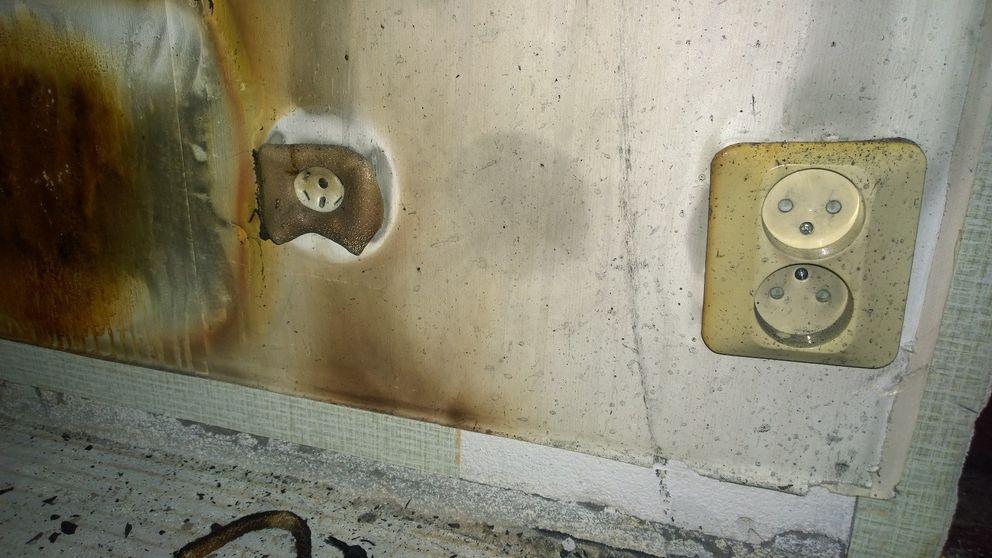 Sönderbrända kontakter i Michaelas lägenhet.