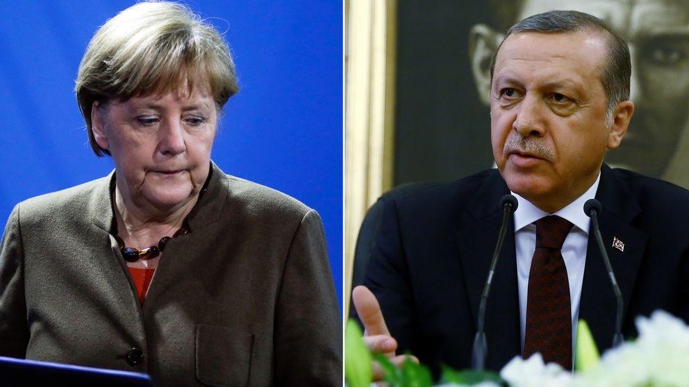 Tysklands förbundskansler Angela Merkel har nu blandats in i affären där tysk satir om Turkiet nu hamnat på regeringsnivå.