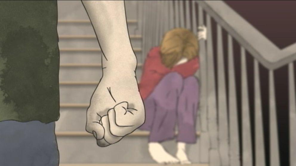 En ledsen flicka som sitter i en trappa. En man med knuten näven står framför henne.