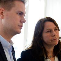 Miljöpartiets språkrör Åsa Romson och Gustav Fridolin möter media.