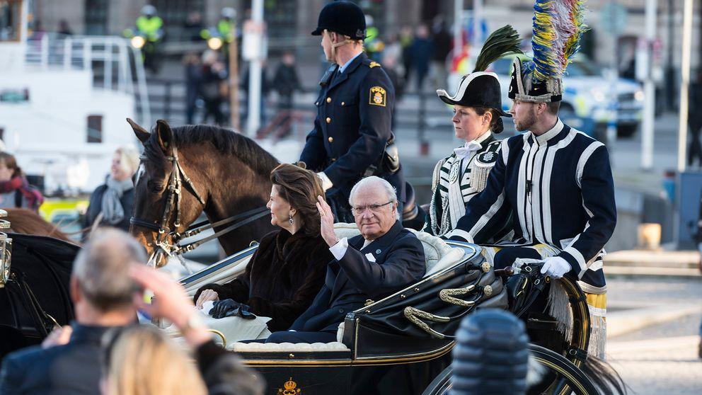 när fyller kungen år Kungen fyller 70 – så firas han på födelsedagen   SVT Nyheter när fyller kungen år