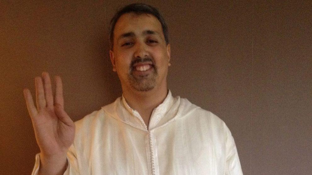Mohamed Temsamani pekas ut som islamist.