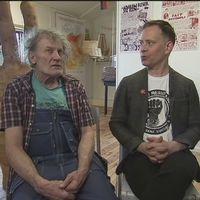 Konstnären AndersÅberg och serietecknaren Mats Jonsson skildrar Kramfors och Stockholm.