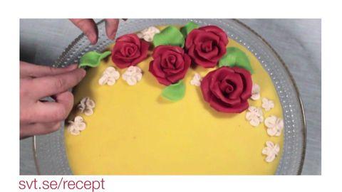 att dekorera tårta