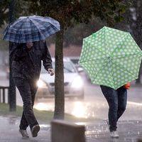 Regn och åska drog in över Västsverige under tisdagen