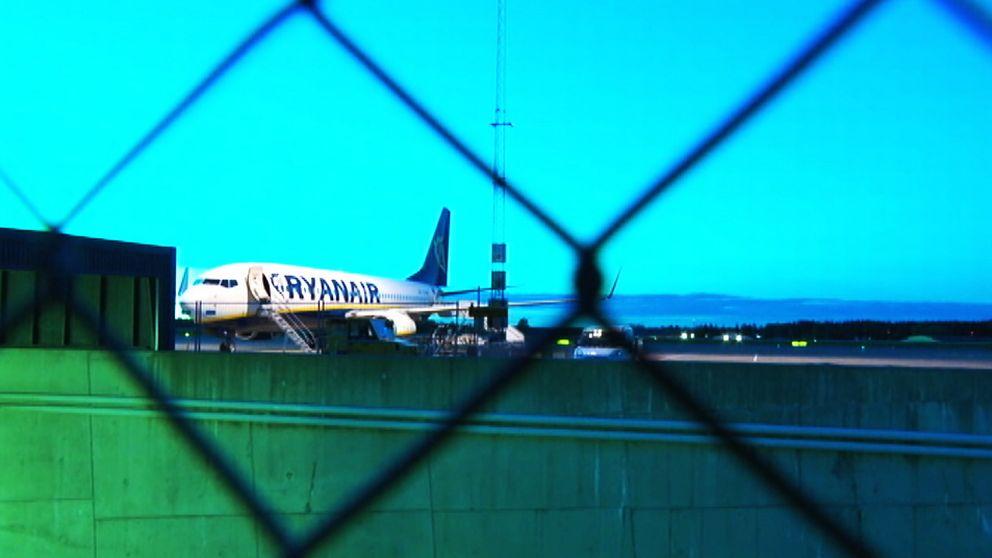 Enligt flygplatsstyrelsen finns inte längre underlag för att fortsätta driften av flygplatsen