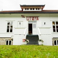 Hus på Utøya. Arkivbild.