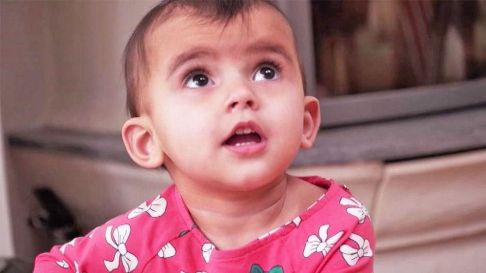 Bianca, föddes av en surrogatmamma. Följden blev att hon hamnade i ett rättsligt vacum