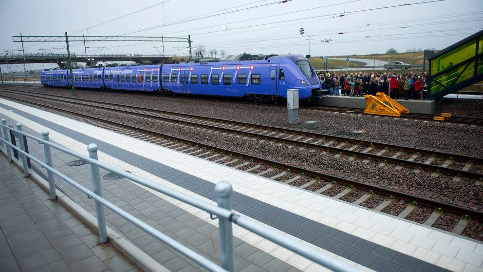 Tåg vid invigning av Hallandsåstunneln.
