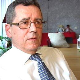 – Jag tror att det skulle bli mycket lugnare och att vi kan utgå från barnens perspektiv, säger Peter Marinko, samordnare för Nätverket för gode män i Uppland.