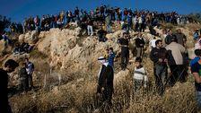 Begravning i Jordanien efter attacken som dödade två amerikaner och tre andra.