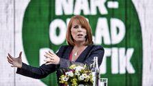 Partiledartal i Almedalen - Annie Lööf (C) - Teckenspråkstolkat