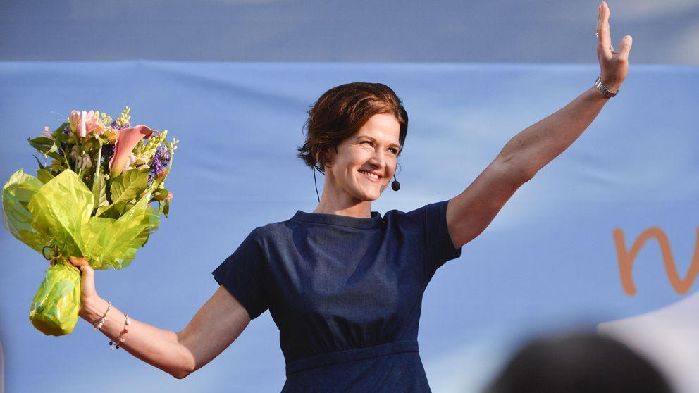 Moderaternas partiledare Anna Kinberg Batra på Almedalens scen 2015.