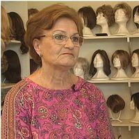 Peruukista helpotusta hiuksensa menettäneelle