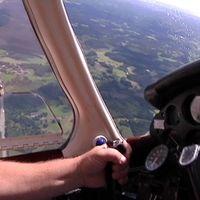 Torrt och varmt väder gör att brandflyget kommer att göra tätare flygningar i länet.