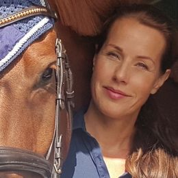Ponnymamman och hästjournalisten Ulrika Fåhraeus