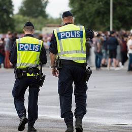 Poliser på gatan