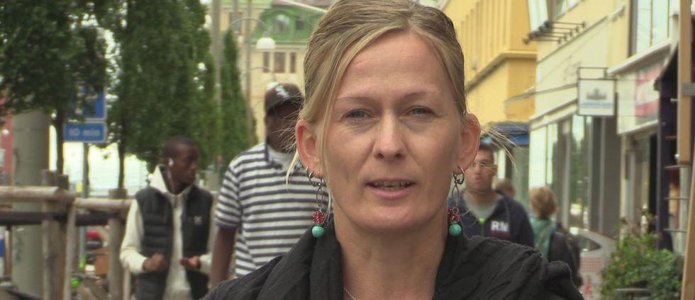 Räddningsmissionens Ulrika Falk tycker att det är fel av regeringen att överväga tiggeriförbud.