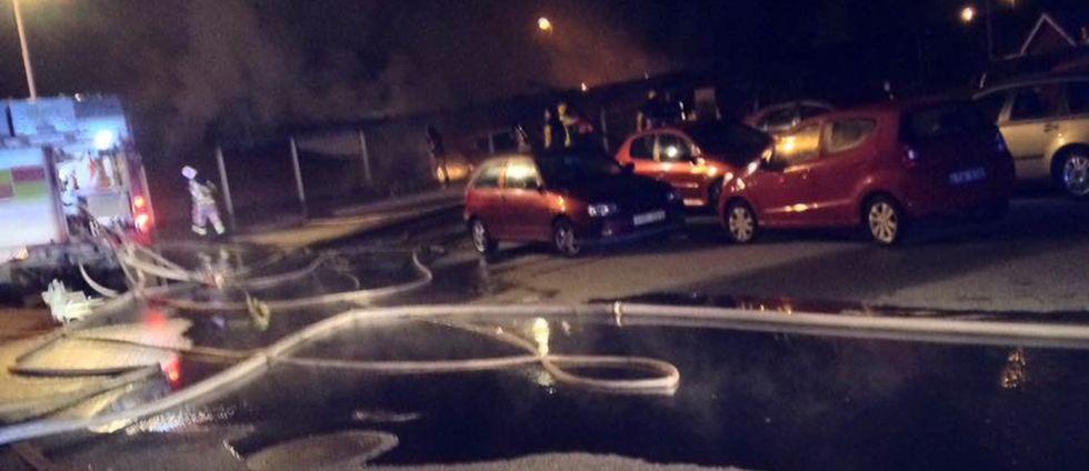 Bilar i brand