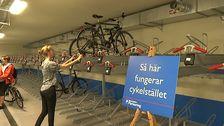 Cykelställ i ett nytt cykelgarage vid Odenplan.