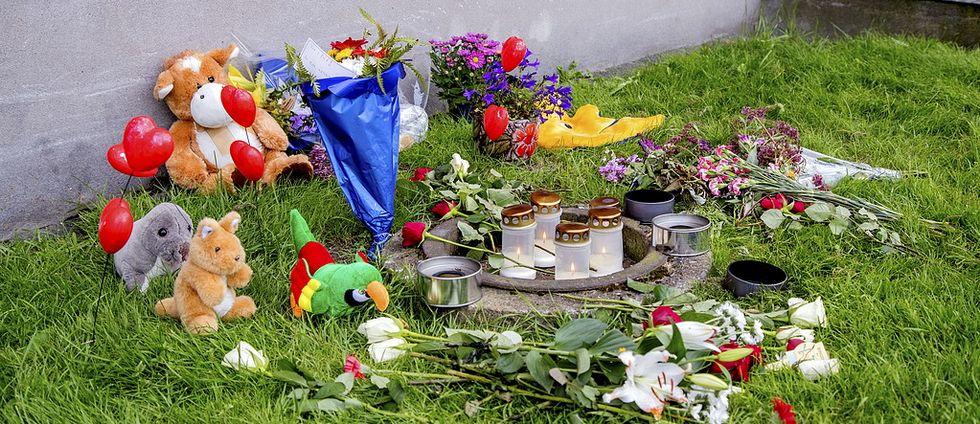 GÖTEBORG 2016-08-24 Två dagar efter handgranatsattacken mot en lägenhet på Biskopsgården där en åttaårig pojke dödades FOTO Adam Ihse / TT /