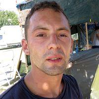 Paolo Giachini vid en provisorisk fritidsgård i Amatrice.