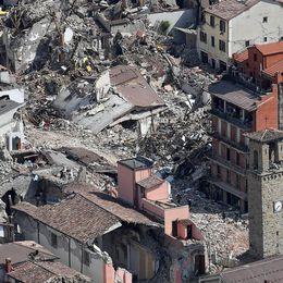 Bild över förödelsen i Amatrice.