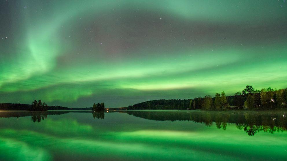 norrsken över Lillarmsjö.