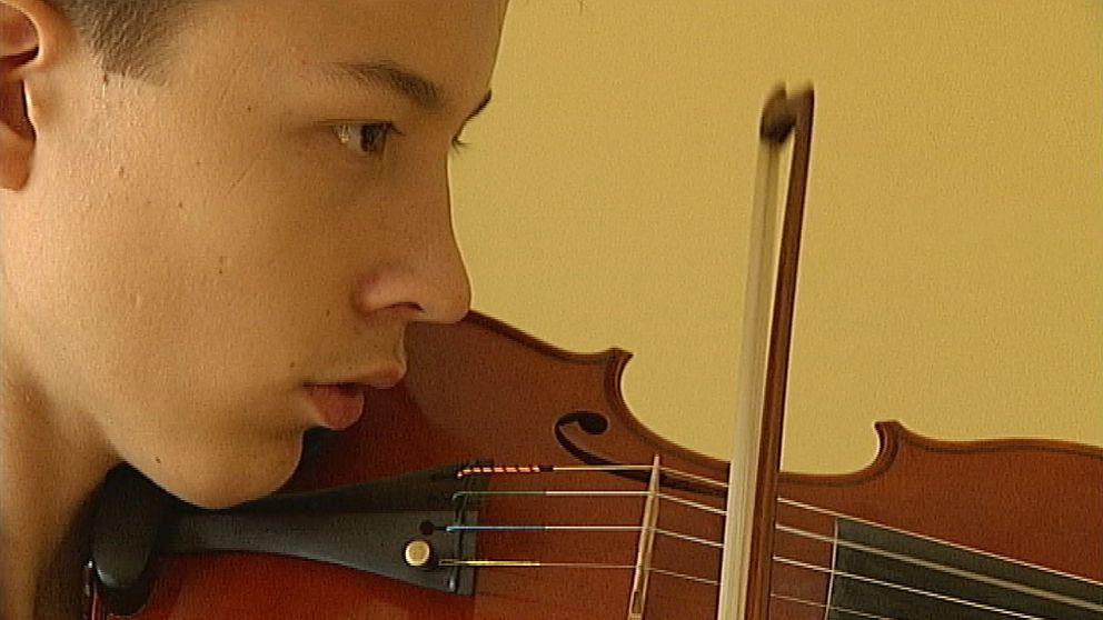 Johan Dalene, 16-årig violinist från Norrköping