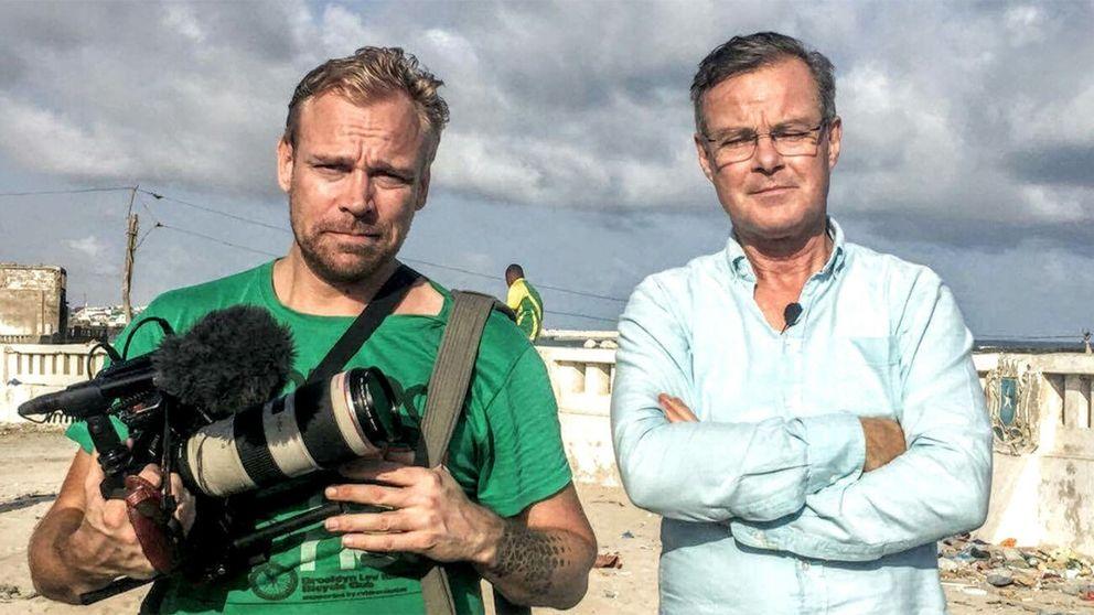 SVT Nyheter:s Fotograf Marco Nilsson och reporter Claes JB Löfgren.