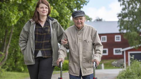 Frida och Henning i Sveriges bästa hemtjänst.