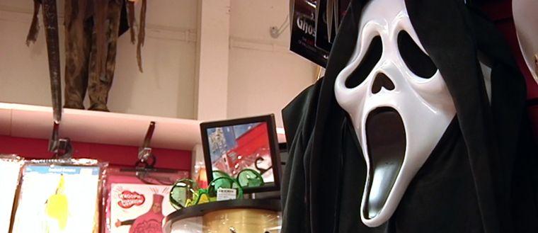 Inga masker som döljer ansiktet får bäras på Stordammens skola under Halloween. Tanken är att alla ska kunna identifiera varandra.