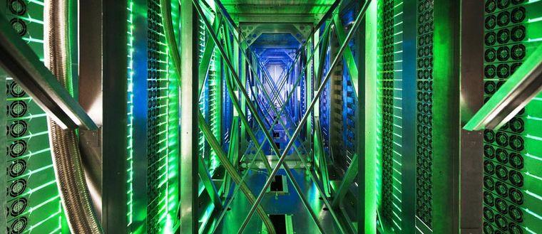 Serverhall på ett av de företag som NSA ska ha avlyssnat - Google data center i Mayes County, Oklahoma.