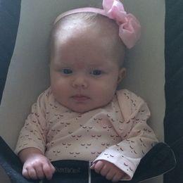 Barnen blev till med hjälp av en amerikansk surrogatförmedling.