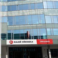 Antalet sökande till utbildningar på Malmö högskola har minskat.